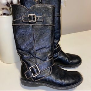 Born B.O.C buckle zip down boots size 1